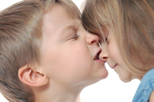 5 Solutions to stop your child biting