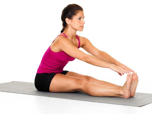 5 Mistakes we make while stretching for a workout